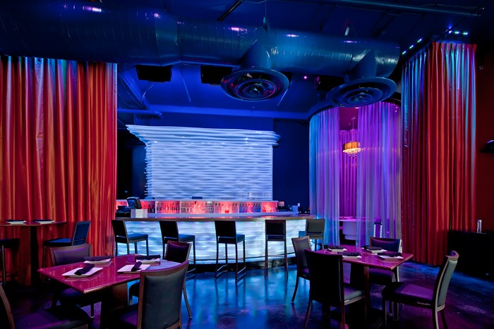 10 DIY Nightclub Makeovers with Velvet Curtains | Lushes ...