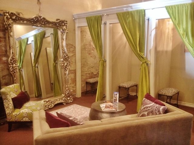 Velvet curtains for dressing room lushes curtains blog for Boutique bedroom designs