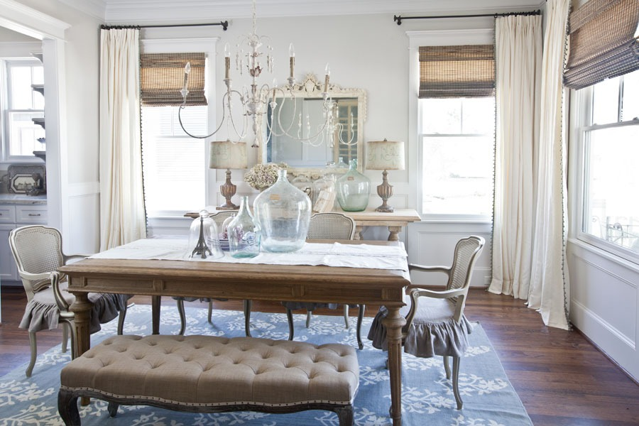 The Best Curtain Colors To Choose For Your Dining Room