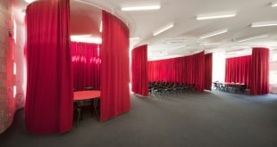 7 Ways in Which Velvet Curtains Can Be Used In Your Company