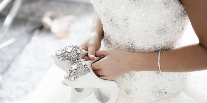 Top 5 Mistakes to Avoid When Shopping for Wedding Dresses