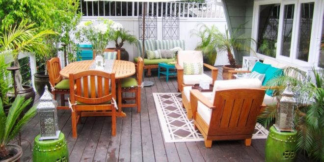3 Ways To Make Your Outdoor Living Spaces More Inviting