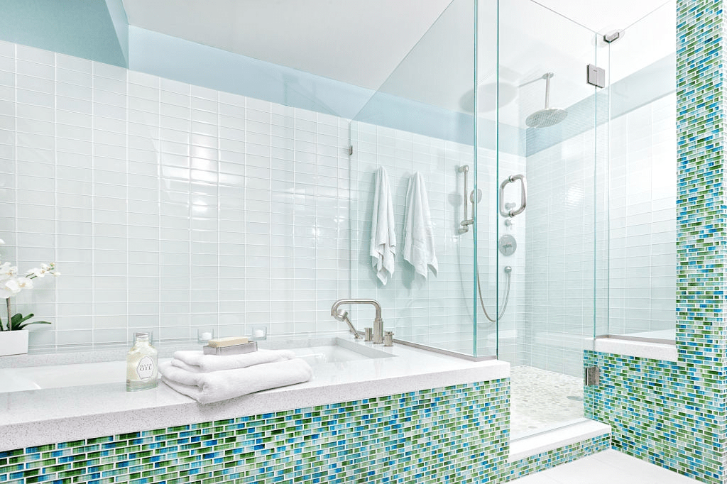 Top 7 Reasons to Prefer Shower Doors over Shower Curtains